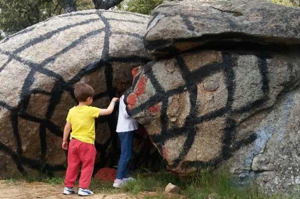 Ibarrola en Garoza, arte y naturaleza al aire libre