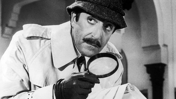 El Inspector Jacques Clouseau persiguió al ladrón del valioso diamante de la Pantera Rosa.
