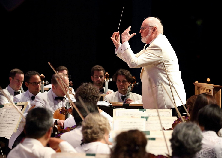 El célebre compositor John Williams siempre acude a su cita anual en Tanglewood.