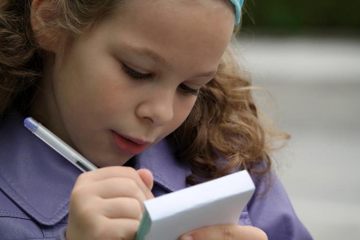 Beneficios de que los peques escriban poesía