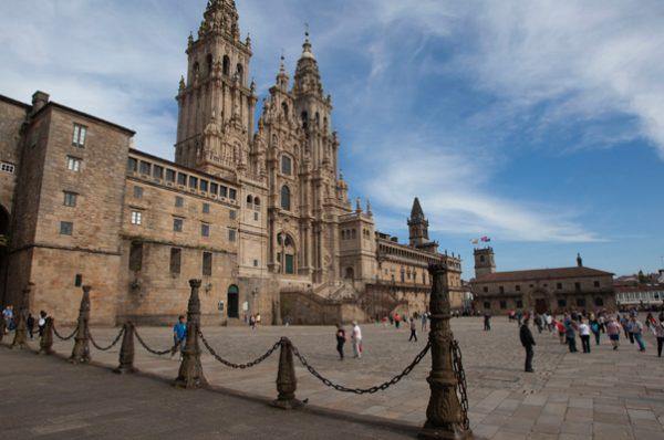 Ruta por Galicia para niños y mayores
