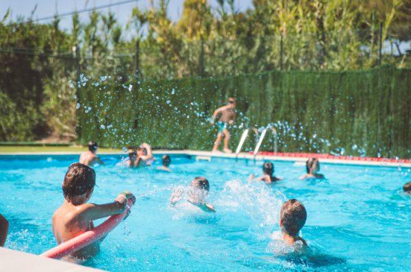 ESCool Camp de English Summer ¿Y si hacemos un repaso escolar?