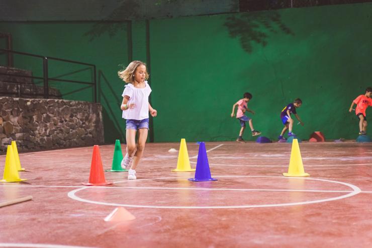 medidas-especiales-covid19-en-los-campamentos-de-verano-english-summer-familiasactivas-11