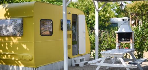 camping-miramar-caravanas-vintage-en-frente-del-mar-3