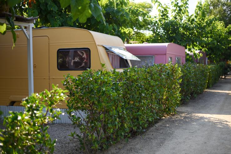 camping-miramar-caravanas-vintage-en-frente-del-mar-8