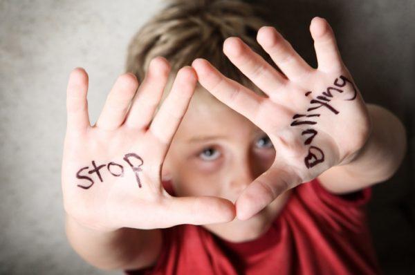 """""""Los protocolos de acoso escolar no funcionan"""", entrevista a Carmen Cabestany #stopbullying"""